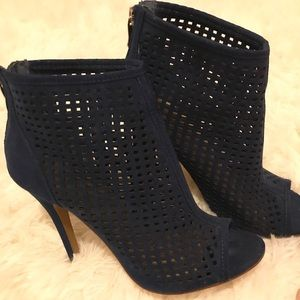 Chinese Laundry Jamboree Suede Navy Booties